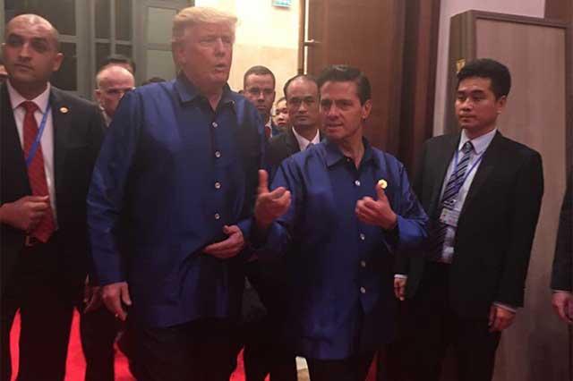 EPN y Donald Trump sostienen diálogo informal en reunión de la APEC