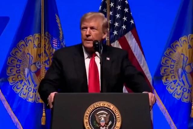 Nunca dije que México me iba a dar un cheque para el muro, dice Trump