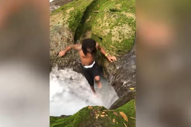 Turistas desaparecen al brincar en cascada: Video
