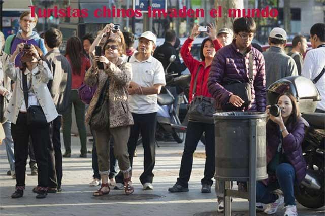 Turistas chinos viajan y gastan más en el mundo