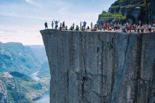 Turistas se pierden en aldea de Noruega por un error de Google Maps