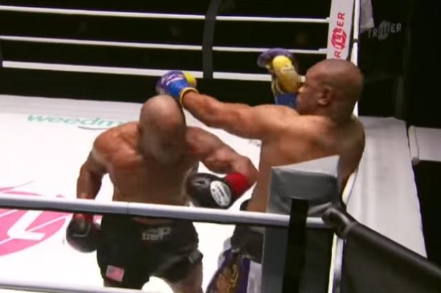 Tyson y Roy Jones firman intenso empate en Las Vegas tras un duelo de leyenda