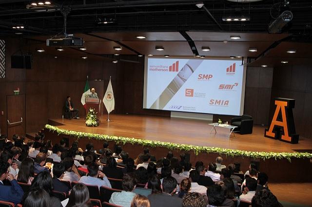 Sinergia de lo humano y lo profesional, clave del éxito: Universidad Anáhuac