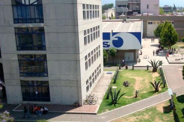 Explosión en laboratorio de la UAM Xochimilco lesiona a 16 personas