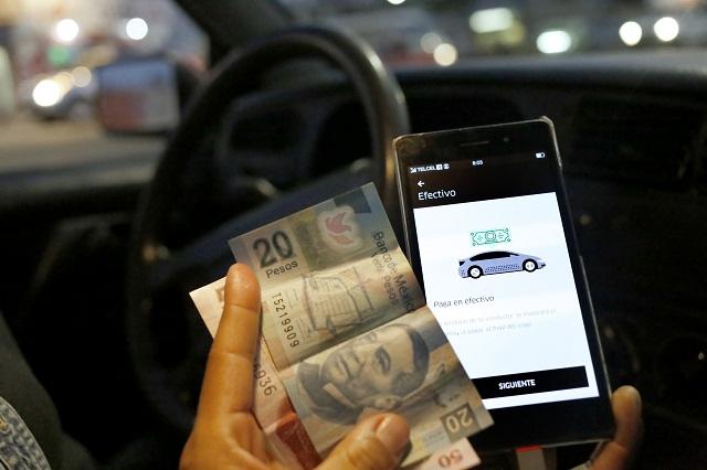 Dice Uber que no es ilegal el cobro en efectivo a usuarios