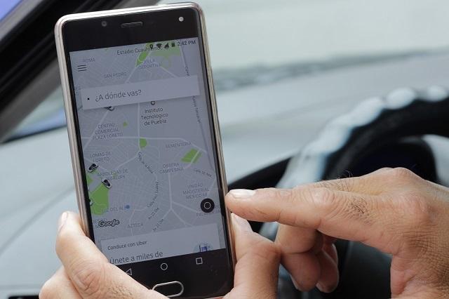 Mujer y amante piden Uber para ir a hotel pero esposo los atrapa