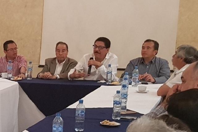 Ulises Ruiz realiza trámites para crear un nuevo partido político
