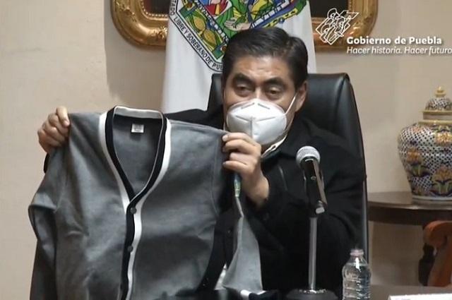 Presenta Barbosa nueva imagen de uniforme escolar en Puebla