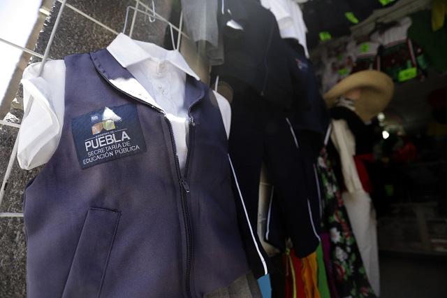 Cae ex Oficial Mayor de la SEP con Pacheco por uniformes caros