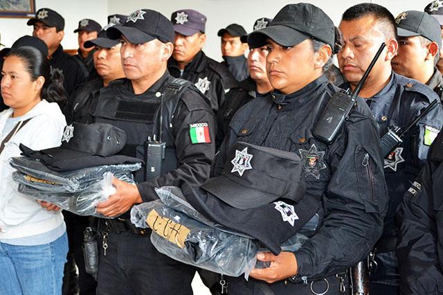 Prevén dejar equipo nuevo a policías municipales en Puebla