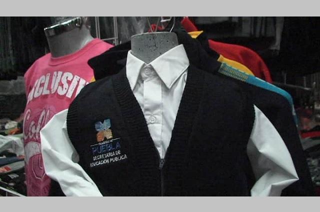 Municipios de Tehuacán pueden producir uniformes escolares