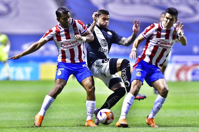 Mikel Arriola buscaría que equipos de la Liga MX vistan la misma marca