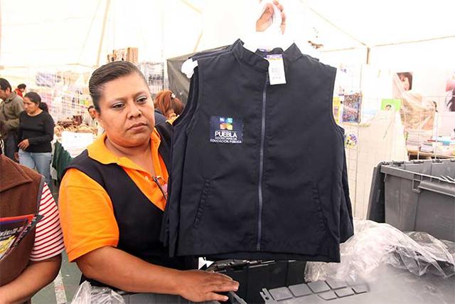 TEEP desecha queja de Morena por entrega gratuita de uniformes