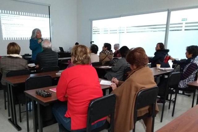 Con Universidad para Adultos BUAP amplia cobertura e inclusión