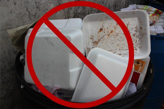 Comercios de Puebla dejan las bolsas de plástico y el unicel