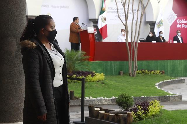 Abre sus cursos la Universidad de la Salud en Puebla