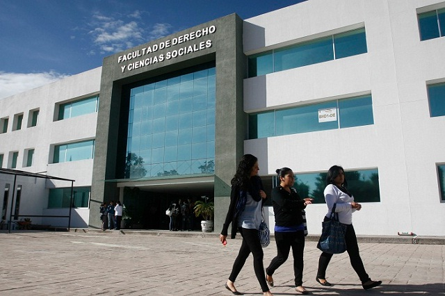Puebla, segundo lugar nacional formando profesionistas: Aregional