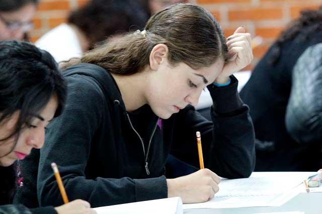 Bachilleres, deficientes en Matemáticas y Lenguaje: Planea 2017