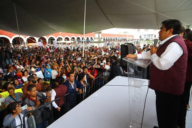 Gobierno austero y con rostro ciudadano ofrece Barbosa