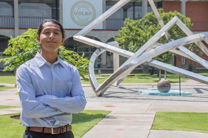 Egresado de Nanotecnología UDLAP se desarrolla en el extranjero