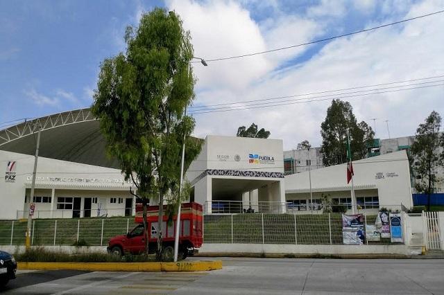 Mamá de policía violada clama justicia y apoyo oficial en Puebla