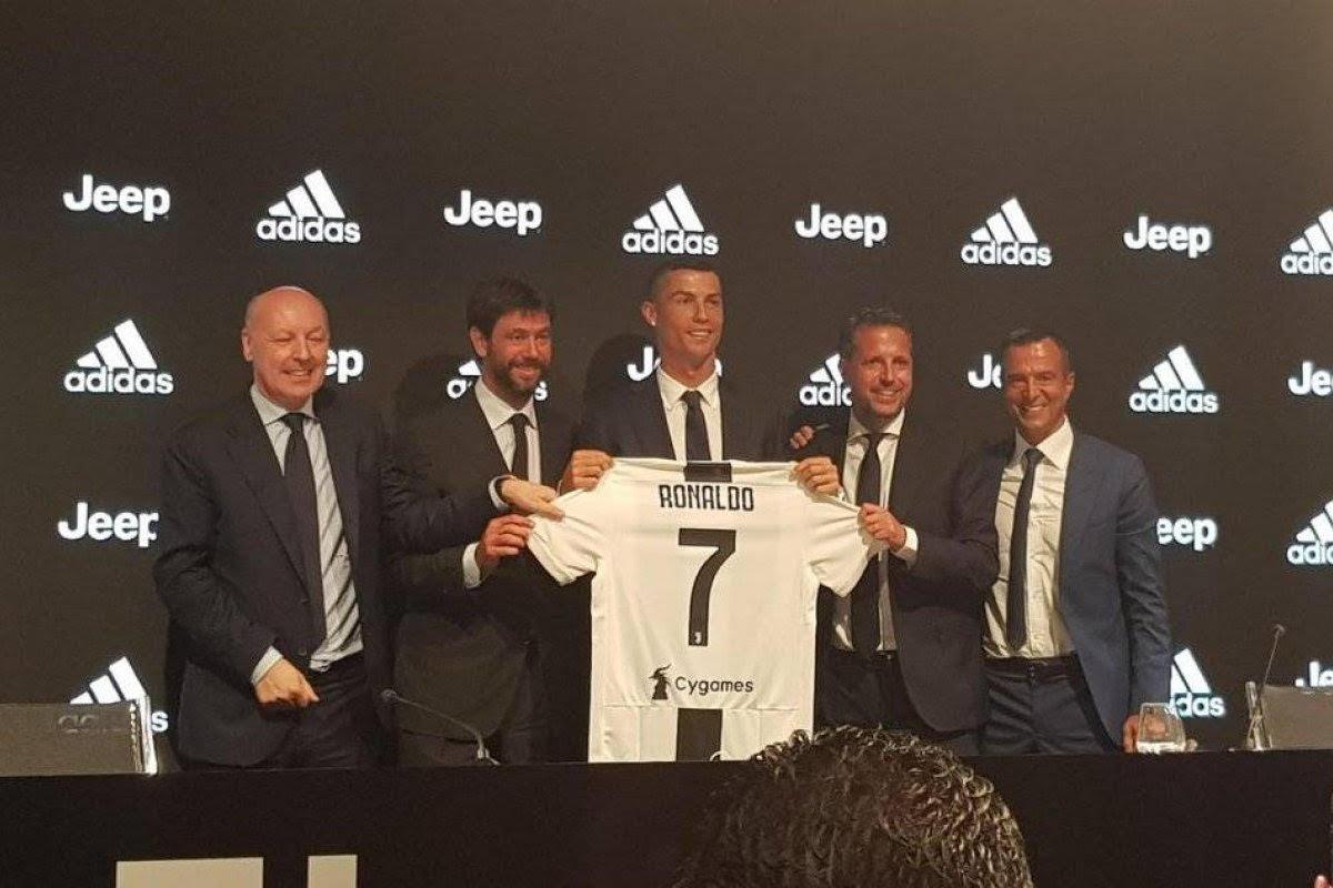 Presenta oficialmente Juventus a Cristiano Ronaldo