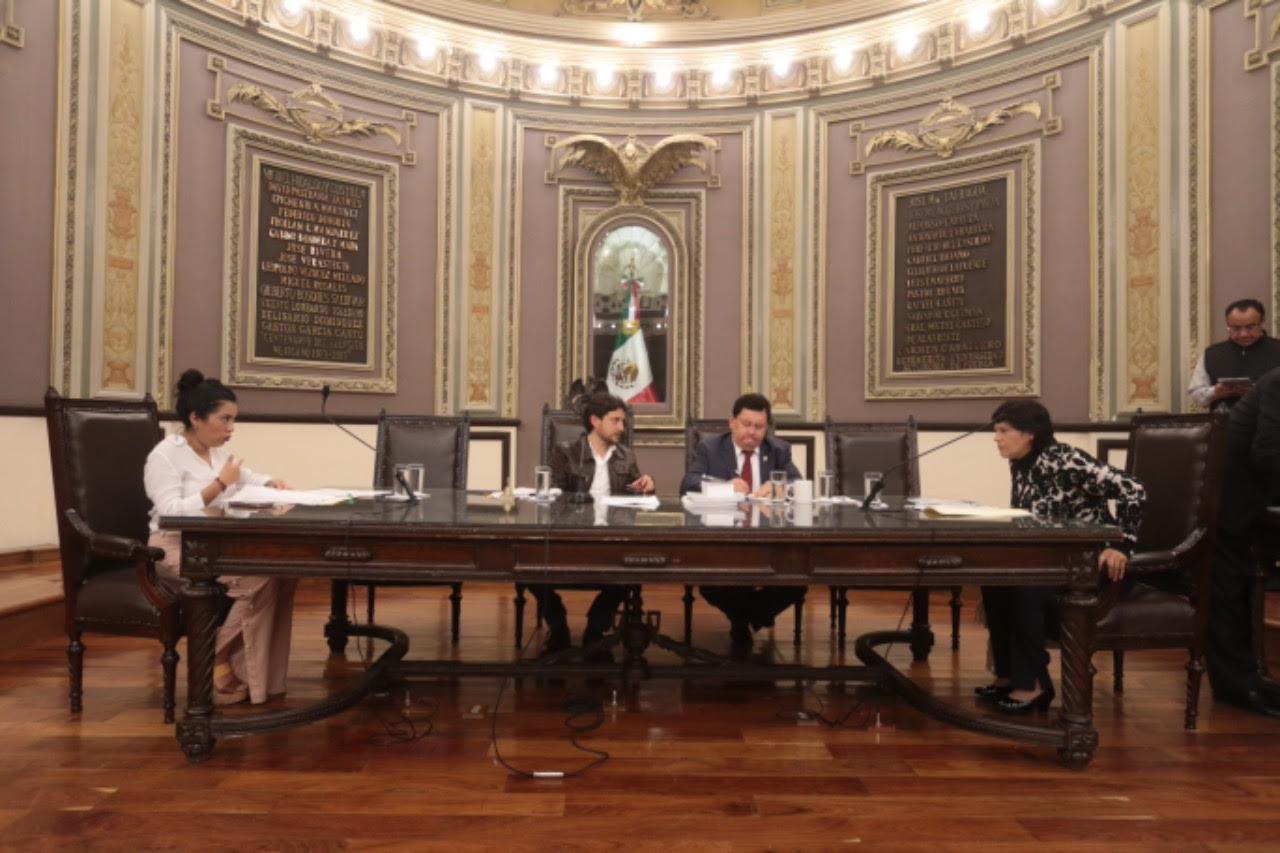 Entregan al Congreso el paquete fiscal de Puebla y 210 municipios