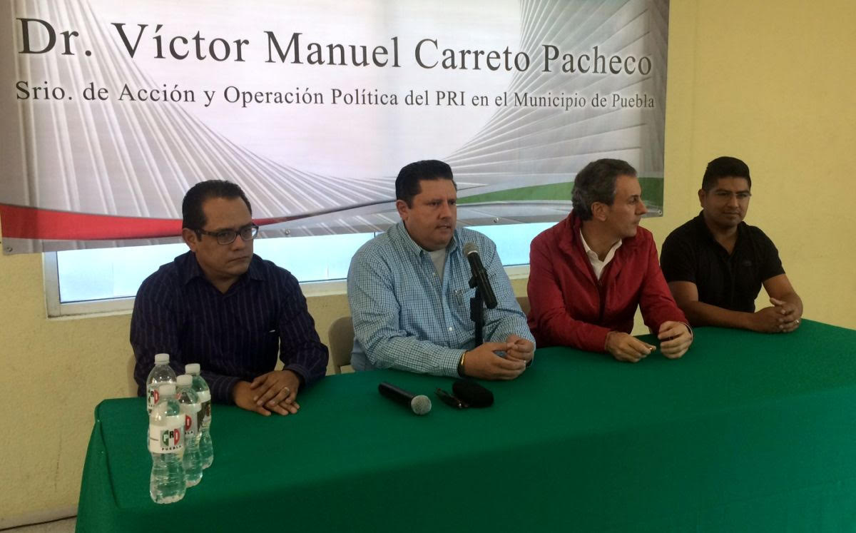 Se reúnen presidentes de comités  seccionales del PRI en la capital