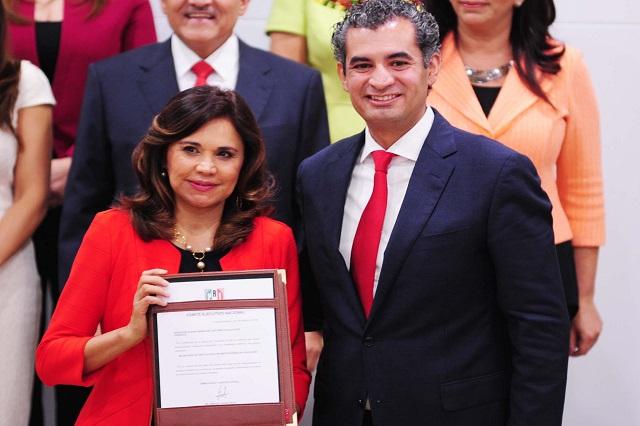 Integra Enrique Ochoa Reza a Blanca Alcalá Ruiz al CEN del PRI