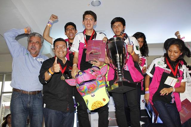 Conalep Puebla obtiene primer lugar en desafío F1 In Schools México 2017