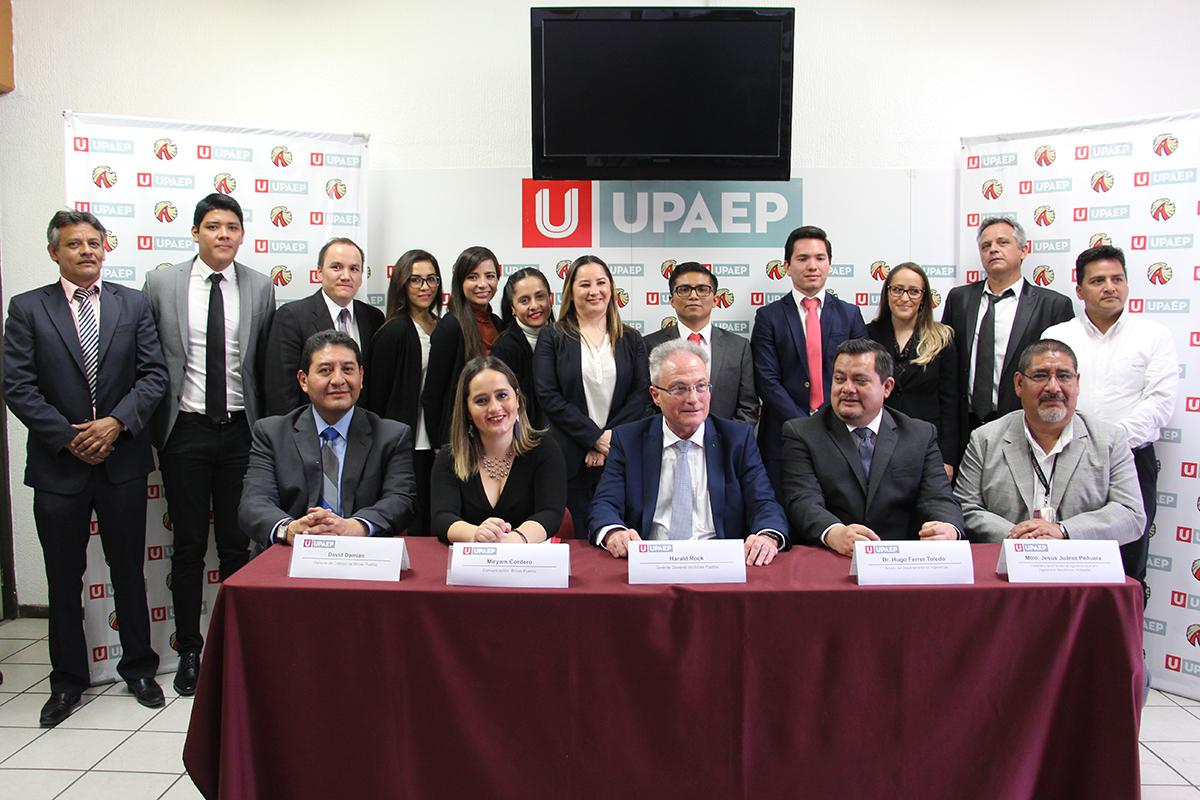 Futuros ingenieros UPAEP proponen  diseños a firma alemana Brose