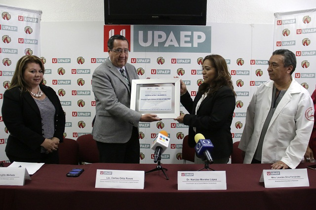 Sector Salud reconoce en la Upaep a una empresa activa y saludable