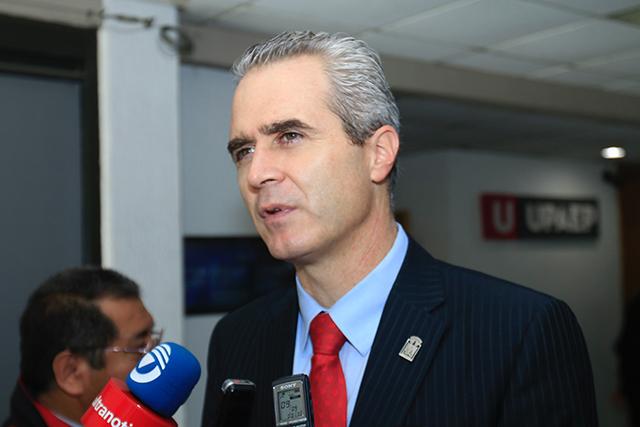 Ciudadanos tendrán que votar por el menos peor, dice Baños Ardavín