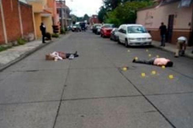 Sicarios ejecutan a dos abogados y lesionan a otro en Uruapan