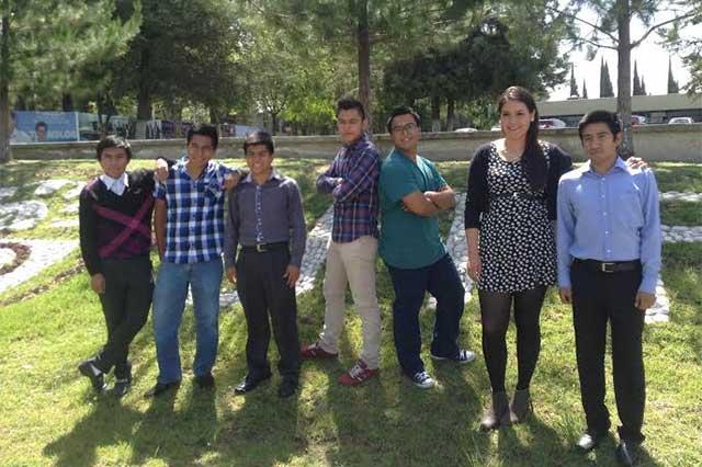 Ganan 22 estudiantes de la UTP becas para estudiar en Francia