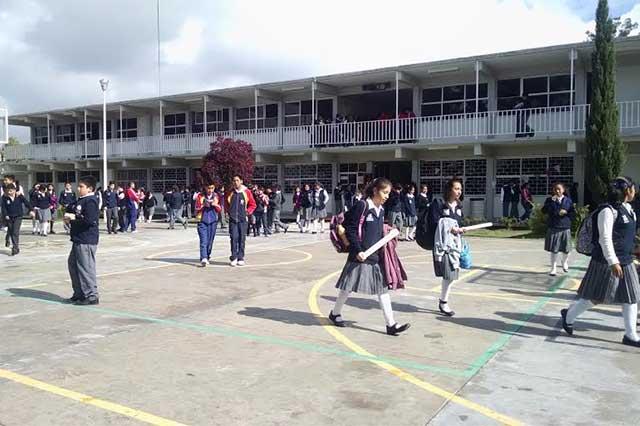 Comienzan vacaciones estudiantes de 14 mil escuelas de Puebla