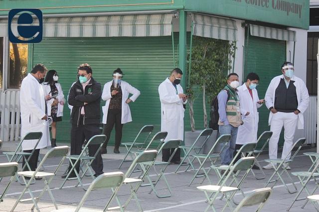 Ya no habrá vacunación especial para médicos en Puebla: Salud