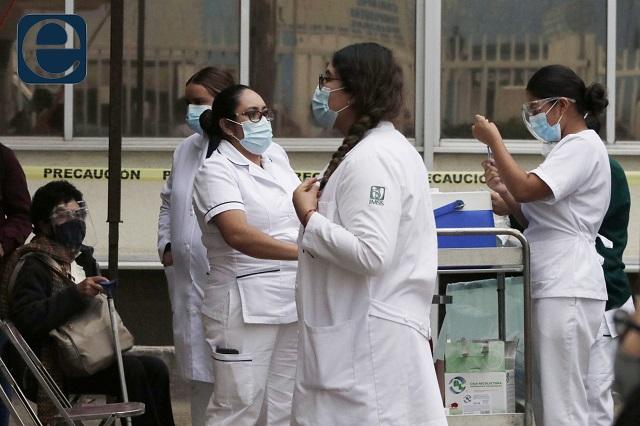 Esperan hasta mil hospitalizados por contagios covid en Puebla