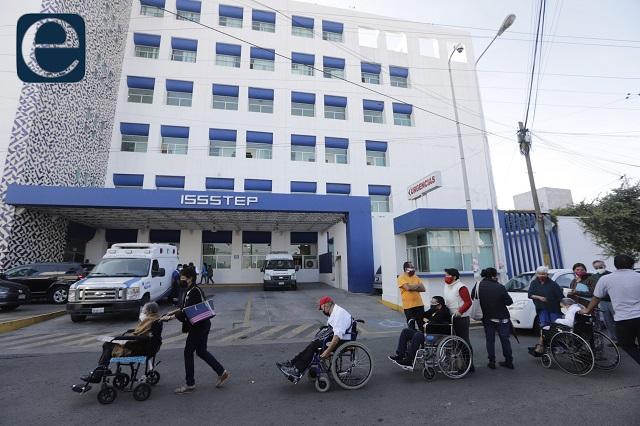 Reconoce Barbosa pifia de vacunación en la zona militar