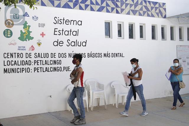 Tercera ola de Covid dejó  de crecer en Puebla: Salud