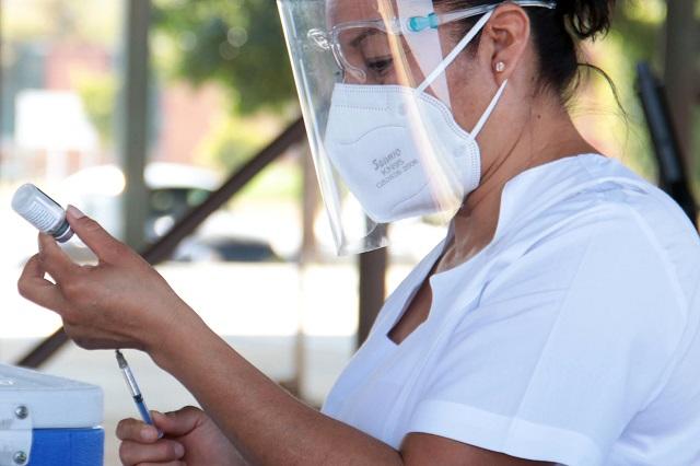 SEP presenta avances en vacunación a personal de educación
