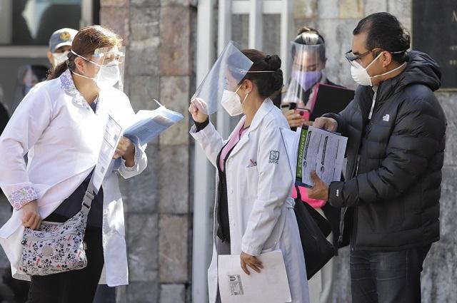 Con retraso, pero llega a Puebla segunda dosis contra Covid-19