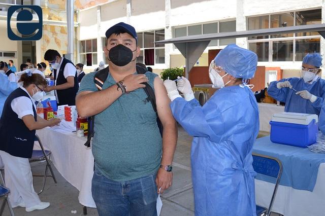 Pide Puebla a la federación más vacunas contra covid