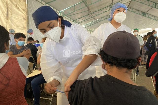 Inicia vacunación para rezagados en Tehuacán, Acajete y Acatzingo