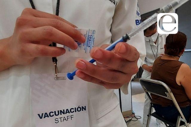 Llega a Atlixco la esperada vacuna para los de 40 a 49 años