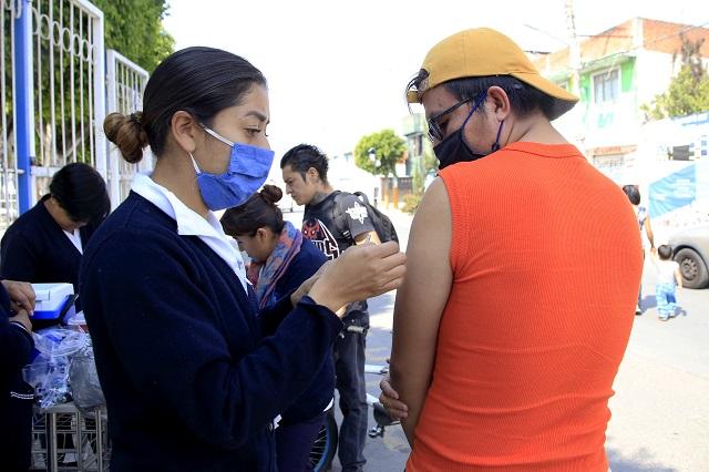 Ordena juez vacunar primero a enfermos crónicos en México