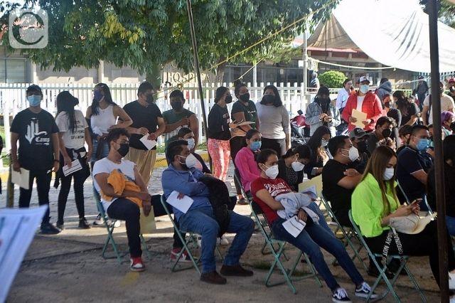 Registran buena participación en vacunación 18 a 29 en Izúcar