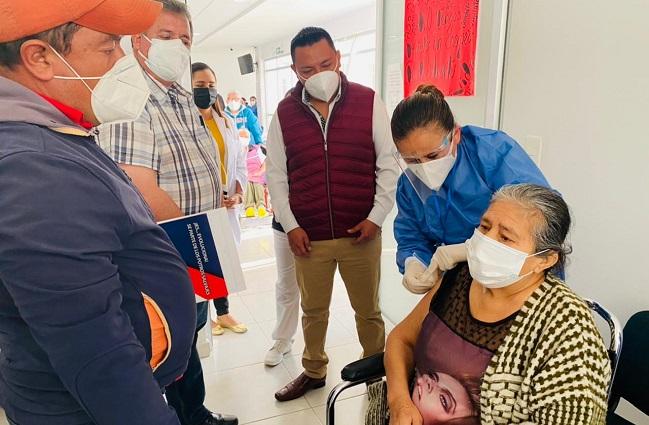 Tlatlauquitepec respalda inicio de vacunación contra Covid 19