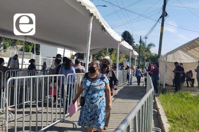 Inicia vacunación para mayores de 50 en Xicotepec y Juan Galindo