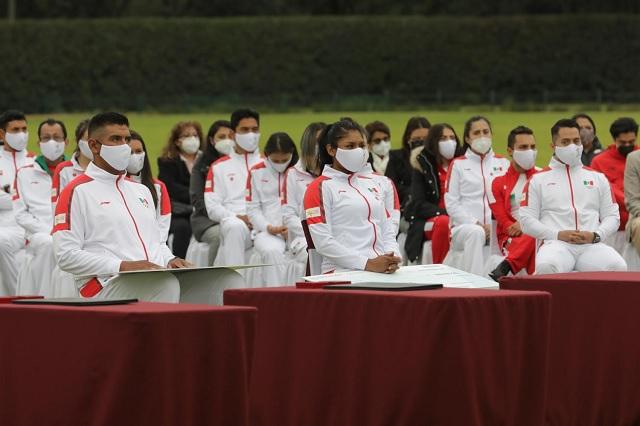 Vacunación prioritaria en México NO incluye a atletas olímpicos ni futbolistas